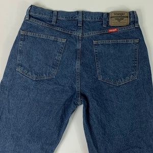 WRANGLER MEN'S REGULAR FIT JEANS 34 X 34 Nice!